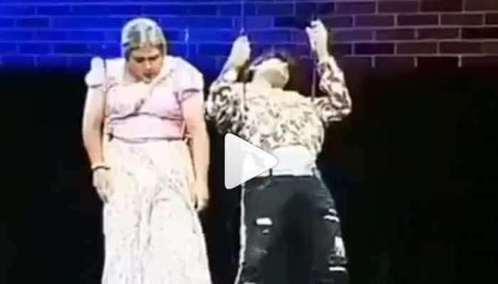 Akshay Kumar saves an unconscious man from falling on Maniesh Paul's show- Watch