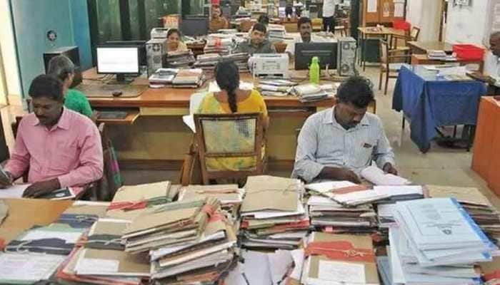 Centre hikes Dearness Allowance by 5 percent, to benefit 1.12 crore government employees and pensioners