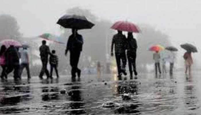 Massive waterlogging inside Cuttack's SCB Hospital after heavy rains
