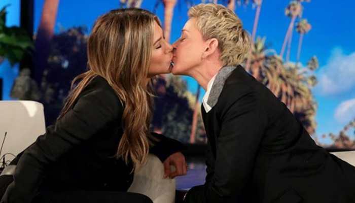 Jennifer Aniston, Ellen DeGeneres seal friendship with a kiss