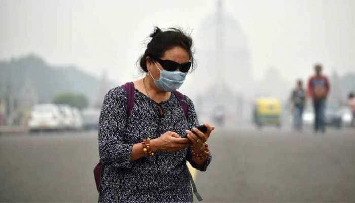 Delhi air continues to choke, AQI breaches 900-mark at several places