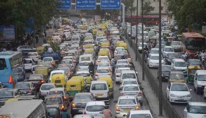 SC to hear pleas challenging Delhi govt's odd-even scheme today