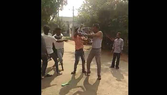 Constable beaten up in Andhra for taking pictures of traffic rule violators