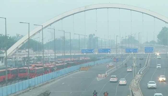 Delhi pollution: Air Quality Index docks at 'Poor' category, to deteriorate slightly in next two days