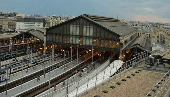 Paris's Gard du Nord train station evacuated after bomb threat