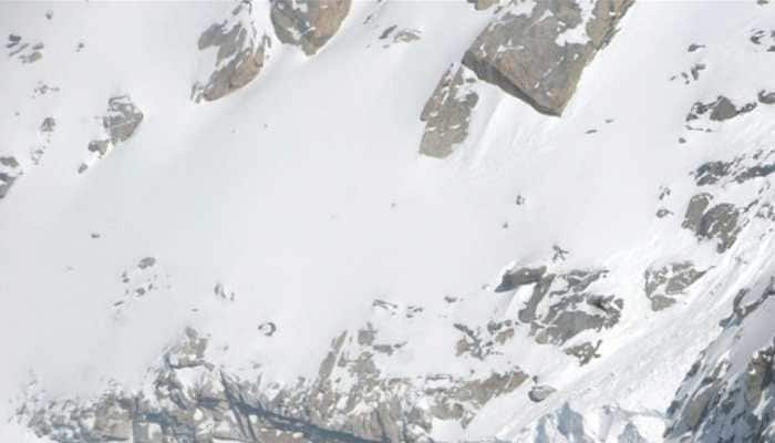 Jawan dead, two others missing after avalanche hits Army post in J&K's Kupwara, search on