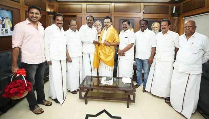 Tamil Nadu BJP unit vice president BT Arasakumar joins DMK