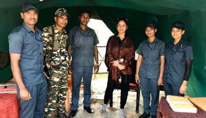 Rani Chatterjee visits India-Nepal border, shares pic