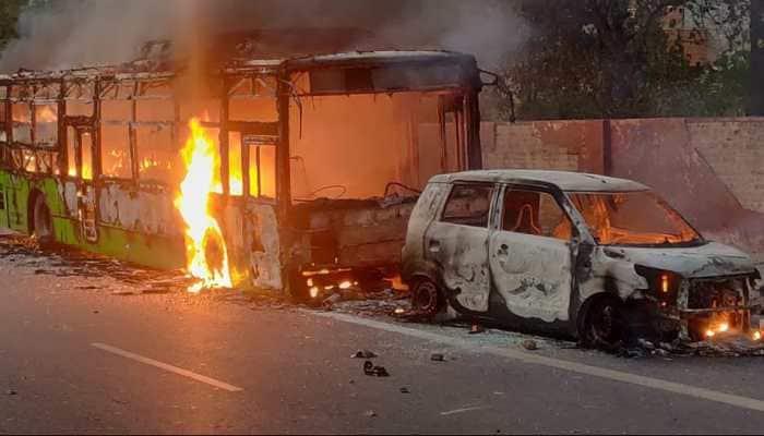 Anti-Citizenship Act protesters set 3 buses on fire near Delhi's Jamia Nagar