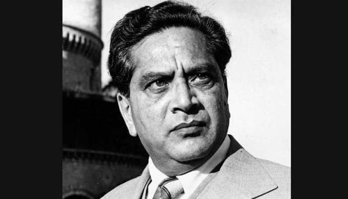 Bollywood mourns demise of Dr Shreeram Lagoo