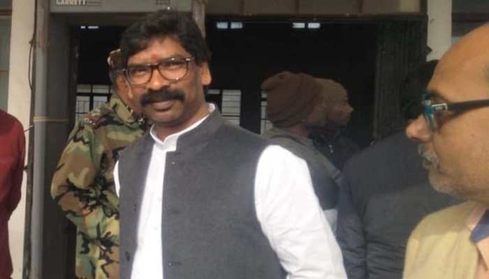 Hemant Soren emerges from father's shadow, likely to be new CM of Jharkhand