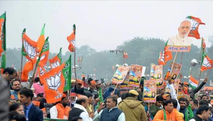 Several Jharkhand BJP ministers including CM Raghubar Das, BJP state chief Laxman Giluwa trail