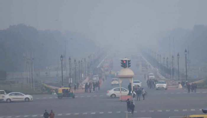 IMD issues 'red alert' for Delhi as temperature dips to 3.6 degree celsius
