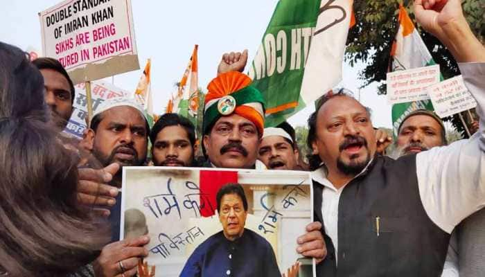 Youth Congress workers hold protest against Pakistan over Nankana Sahib attack