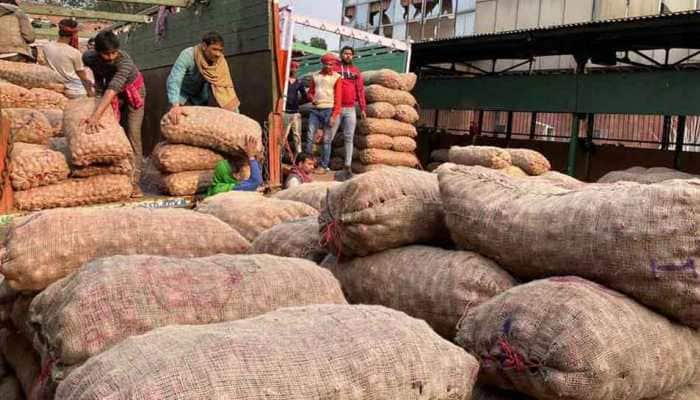 Onion prices may drop soon as fresh produce from Nashik reaches markets