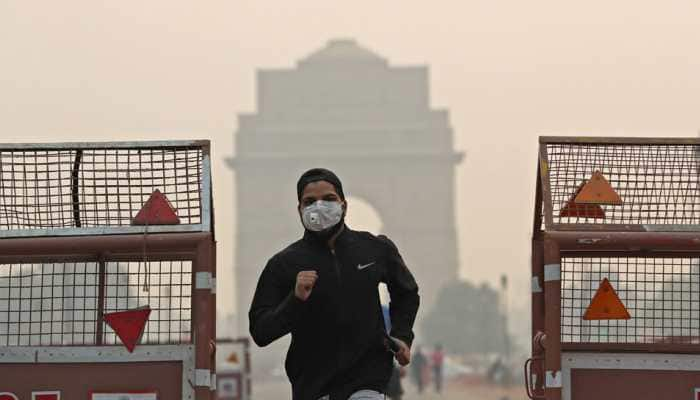 Delhi air quality deteriorates, AQI settles in 'Poor' category; shallow fog predicted