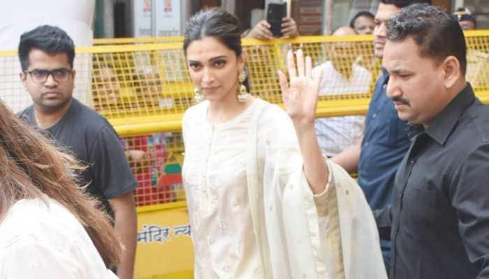 As 'Chhapaak' opens in theatres, Deepika Padukone visits Siddhivinayak Temple - See pics