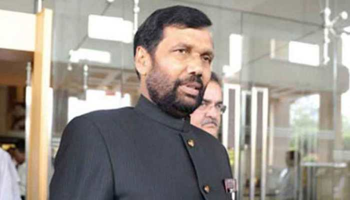 Onion price reduced due to import, says Minister Ram Vilas Paswan