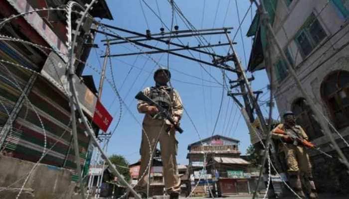 Easing of restrictions will lead to separatist activities in Kashmir, warn intelligence agencies