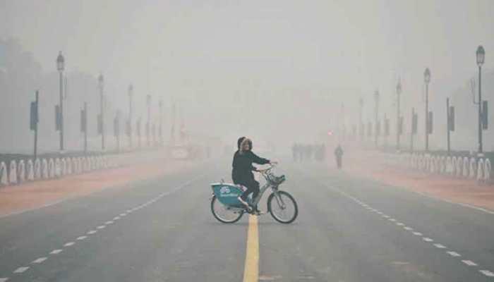 Cold wave grips Delhi, minimum temperature recorded at 7 degree Celsius
