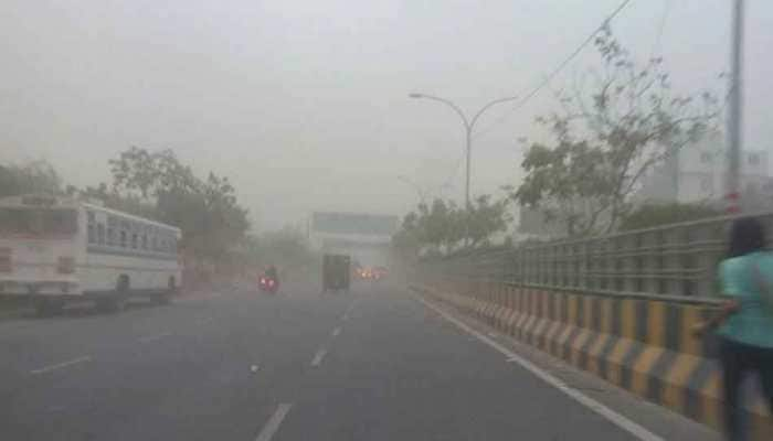 Strong winds likely to improve AQI in Delhi on Friday