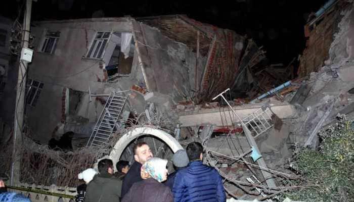 6.8-m earthquake jolts eastern Turkey; 18 dead, over 550 injured