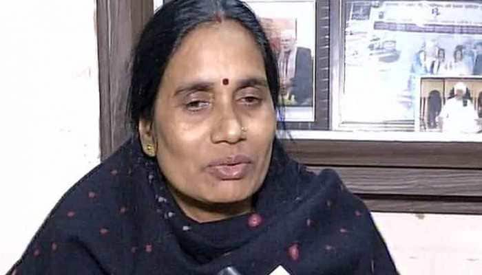 Hopes shattered but will continue fight till convicts are hanged: Nirbhaya's mother