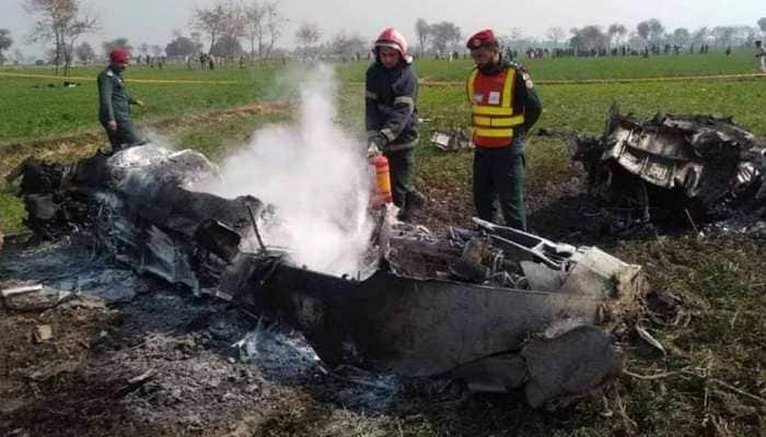 Pakistan Air Force jet crashes during routine training mission