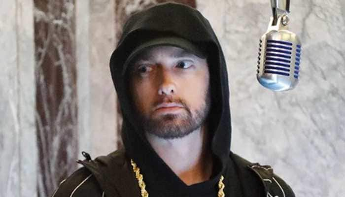 Eminem reveals why he performed at Oscars, 17 years later