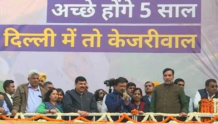 Bharat Mata Ki Jai, Inquilab Zindabad, Dilli walon gazab kar dia aap ne, says AAP chief Arvind Kejriwal