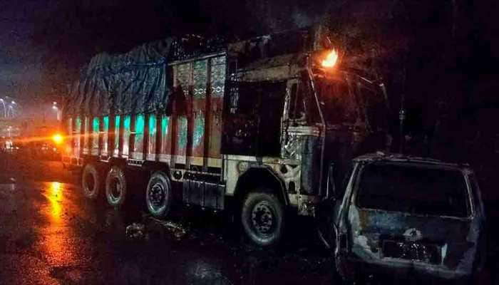 Seven charred to death in UP's Unnao following truck-van collision