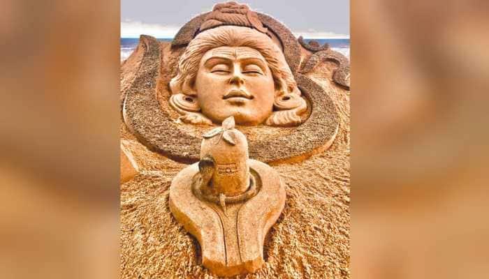 Maha Shivratri 2020: Sudarsan Pattnaik shares breathtaking sand art creation of Lord Shiva