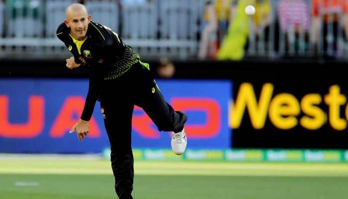 Ashton Agar's hat-trick helps Australia thrash South Africa in first T20I