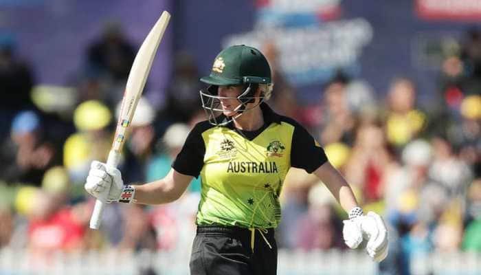 Women's T20 World Cup: Beth Mooney, Georgia Wareham take Australia to semi-finals