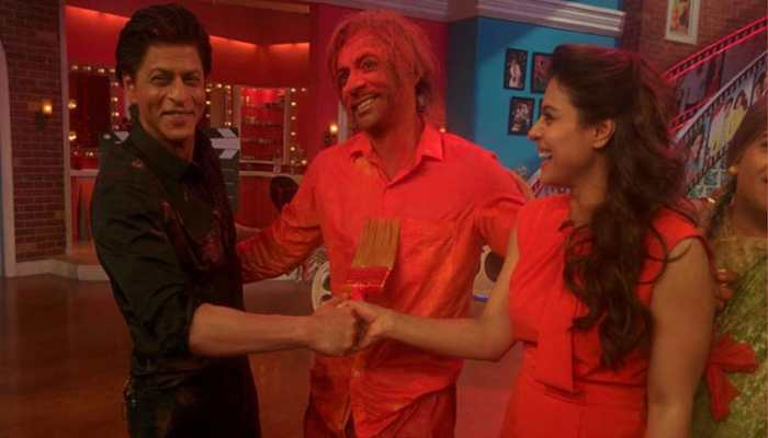 Entertainment News: Sunil Grover gets emotional watching this old video of him with Shah Rukh Khan on Kapil Sharma's show, fans shower love - Watch