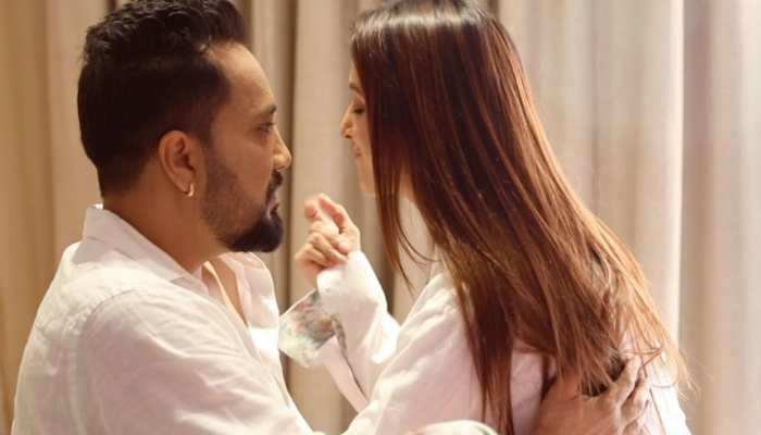 Watch: Mika Singh and Chahatt Khanna's 'quarantine love' song is all about romance and chemistry