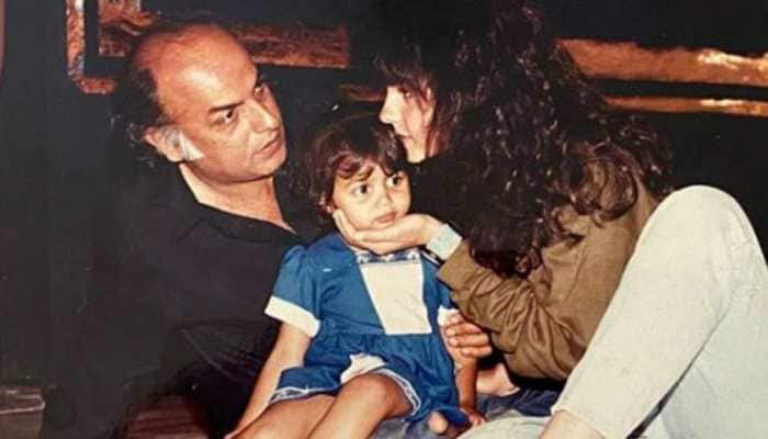 Pooja Bhatt's throwback pic with little sister Shaheen and dad Mahesh Bhatt is too cute for words