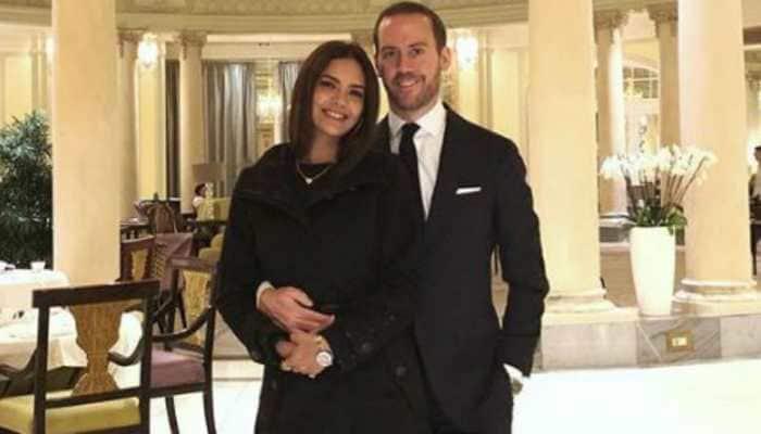 Main tumse pyar karta hun: Esha Gupta introduces her Spanish boyfriend Manuel Campos Guallar on Instagram