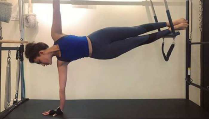 Actress Seerat Kapoor flaunts her hourglass figure in these viral workout posts