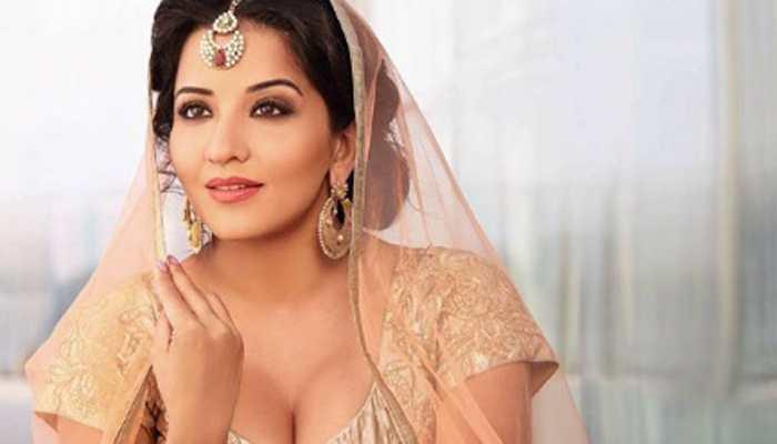 Bhojpuri bombshell Monalisa's bridal avatar will make you go wow! See pics