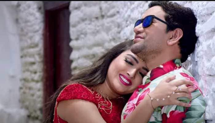 Aamrapali Dubey-Dinesh Lal Yadav aka Nirahua's picturesque romantic song 'Chehra Tohar' from 'Nirahua Chalal London' is worth a watch!