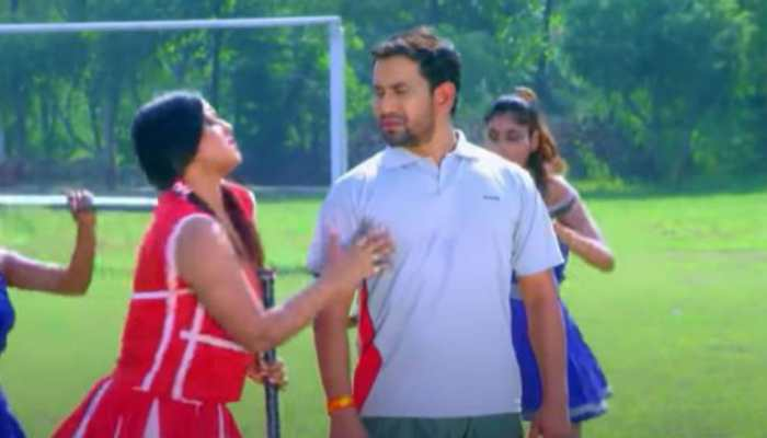 Bhojpuri sizzler Anjana Singh's old song 'Gol Maar Da Balam Ji' with Dinesh Lal Yadav 'Nirahua' drives YouTube crazy