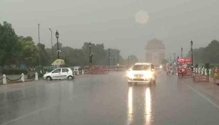 Rain lashes Delhi, surrounding areas, brings respite after severe heatwave
