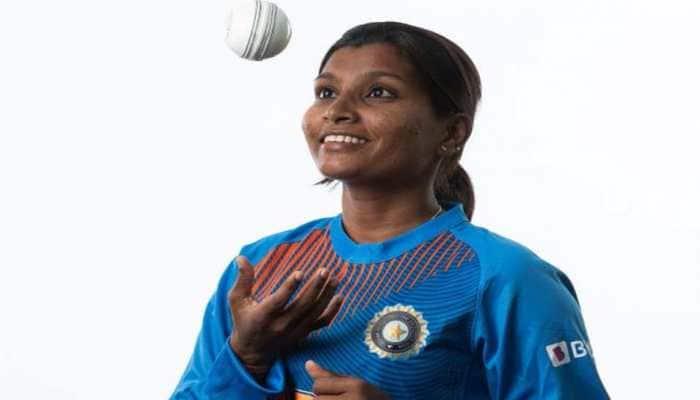 Born June 1, 1991: Rajeshwari Gayakwad, Indian woman cricketer