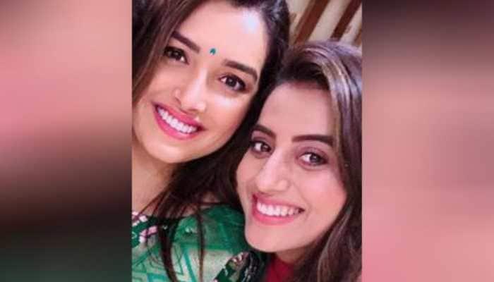 Watch: Bhojpuri sizzlers Aamrapali Dubey and Akshara Singh dance to 'Jahiya Se Chadhal Phagunwa Ae Raja' in this unseen viral video