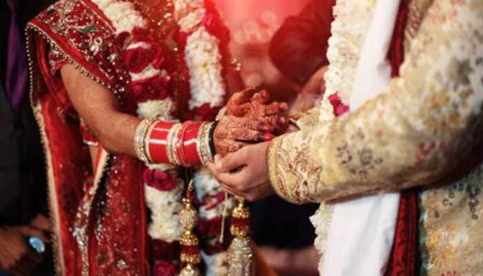 Runaway couple approaches court for protection, fined Rs 10,000 for not wearing masks at marriage ceremony