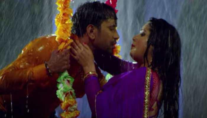 Aamrapali Dubey and Nirahua's 'Tani Chhoo La' is 'Tip Tip Barsa Pani' of Bhojpuri cinema
