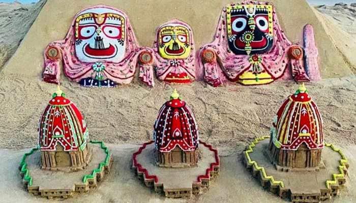 On Jagannath Rath Yatra 2020, Sudarsan Pattnaik pays tribute to Lord with breathtaking sand art creations at Puri beach