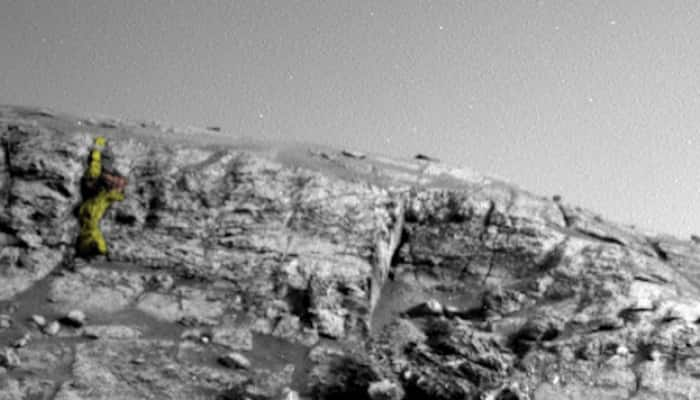 'Alien Warrior Figure' spotted on Mars in NASA image by UFO hunter