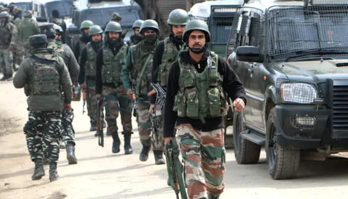 Terrorist killed, two jawans injured in encounter at Jammu and Kashmir's Pulwama